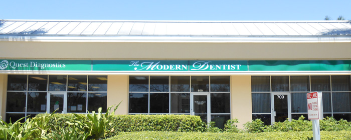Set an Appointment for our Naples Dentists